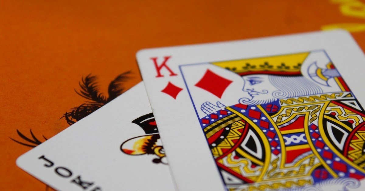 Blackjack's most revered fallacy: Collateral damage